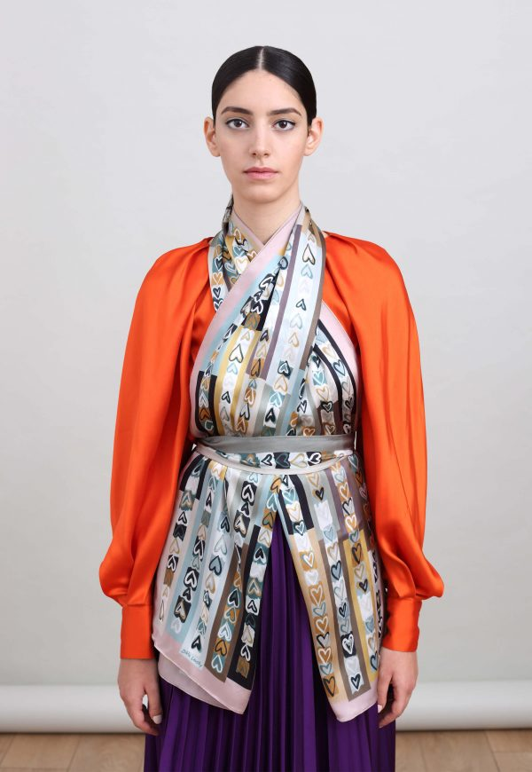 Printed silk scarf with grey hearts